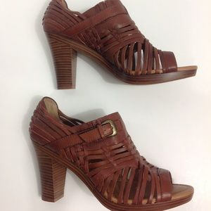 Fossil Leather Block Heeled Sandals